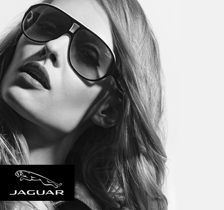 Jaguar Testimonial Frau